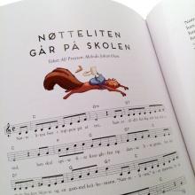 I boka finnes også sangene om Bolla pinnsvin, Nøtteliten og Helene harefrøken.
